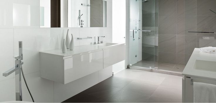 gray-and-white-bathroom-floor-tile