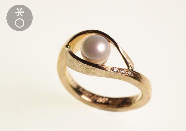 anello-fidanzamento-oro-rosa-personalizzato