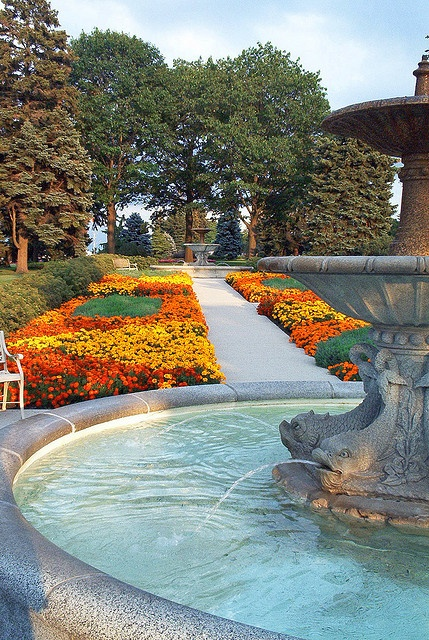 Fountain at Rockway Gardens, Kitchener, Ontario,    greenbowlsguy, via Flickr