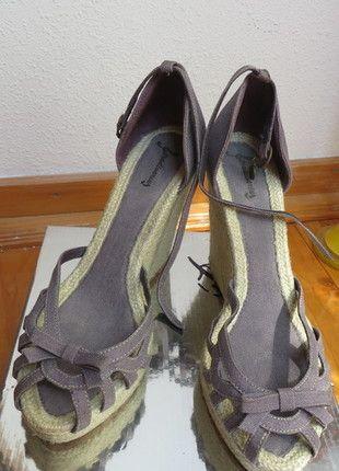 Kup mój przedmiot na #vintedpl http://www.vinted.pl/damskie-obuwie/sandaly/9158475-buty-sandaly-koturny-platformy-11-cm-stradivarius