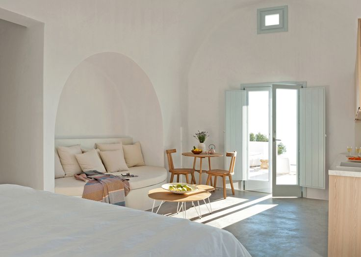 Kapsimalis Architects completes Santorini apartments