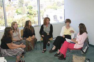Συμβουλευτική ομάδα από το Ελληνικό Δίκτυο Γυναικών Ευρώπης
