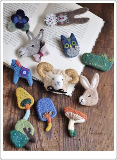 Sweet felt brooches!