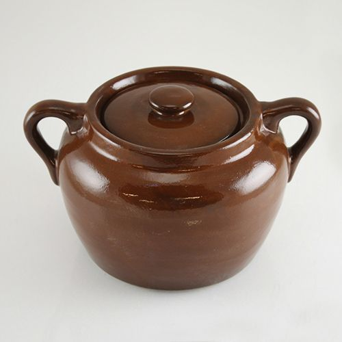 Medalta Bean Pot. Holds approximately 2 quarts or 9 cups.