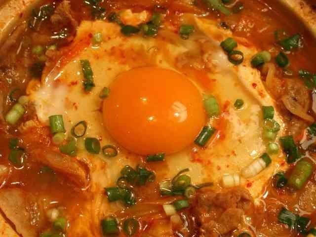スンドゥブ(スン豆腐)の画像