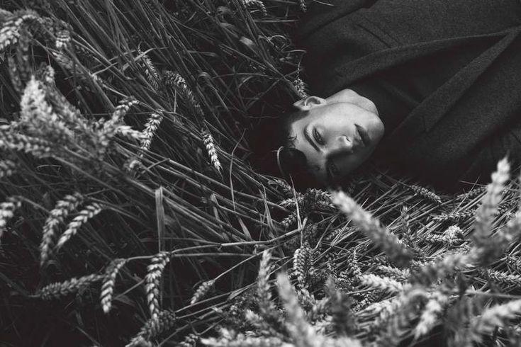 A Single Bard – Matthew Bell by Jumbo Tsui for Elle Man Vietnam