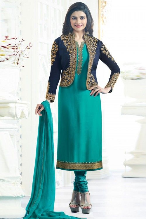 Modeste Parachi Desai Turquoise Blue Georgette Churidar Suit et Royal Blue Jacket vêtements maintenant en magasin. Andaaz Fashion apporte la dernière collection d'usure e