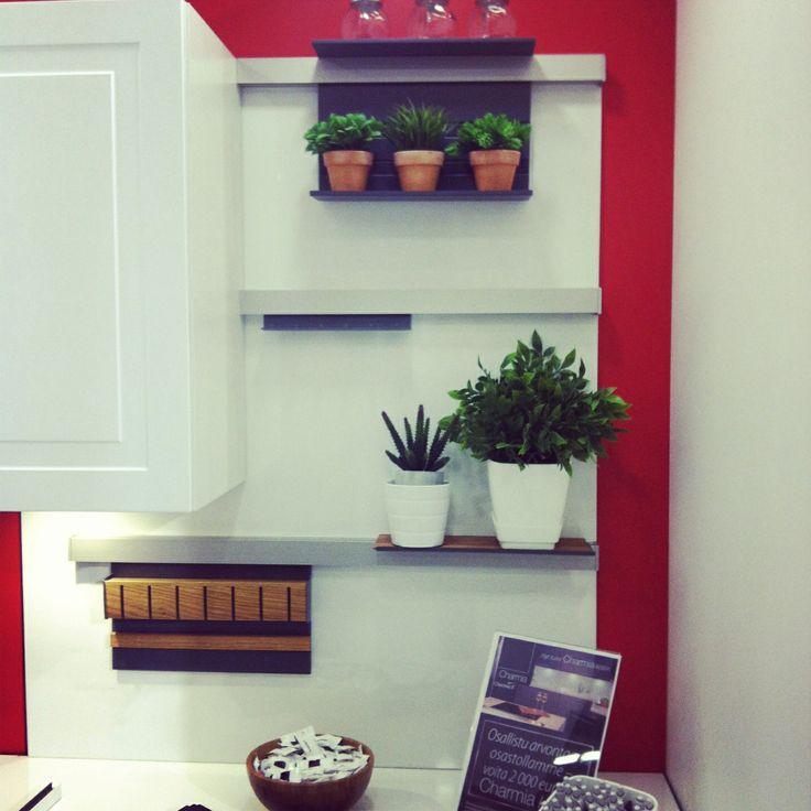 Hauska seinähylly järjestelmä #charmia #keittiö
