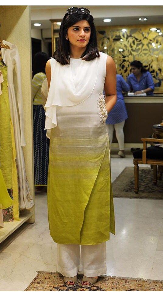 indian kurti tops, saree blouse patterns,  Karisma Kapoor@ http://ladyindia.com