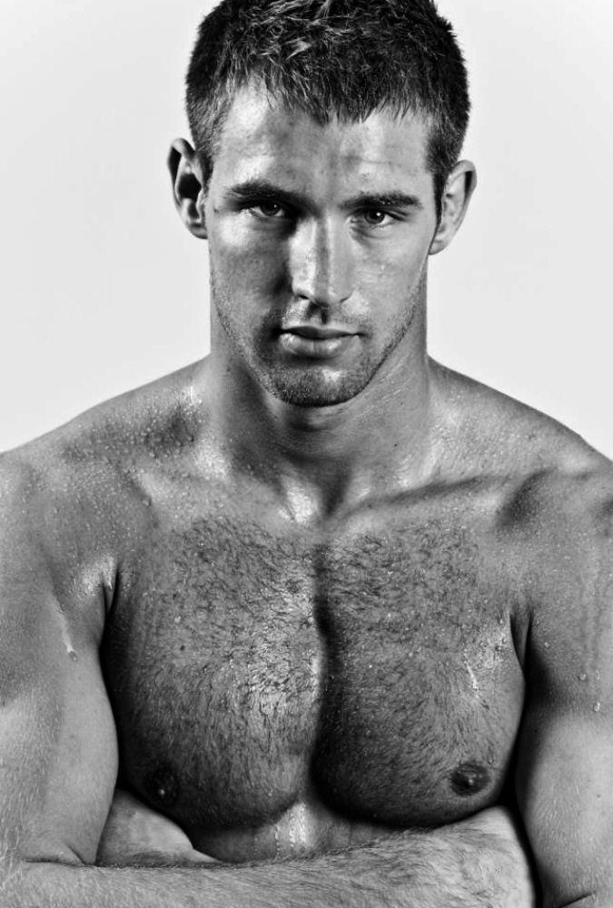 Beautiful Hairy Men: Justin Gaston