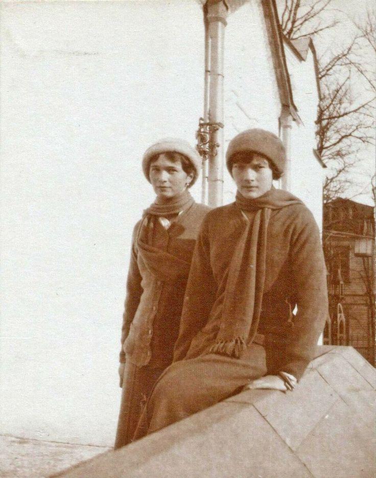 Olga and Tatiana Romanov, Tsarskoe Selo, March, 1914