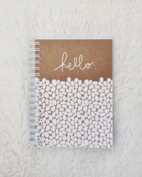 Hello Orage - Ouistiti carnet, hello, papeterie, fabriqué a la main, motfi, blanc, kraft, handmade, type, manuscrite, typographie, design graphique, serigraphie, handprint