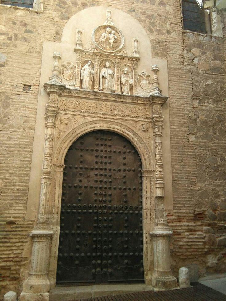 Portada de convento de San Clemente