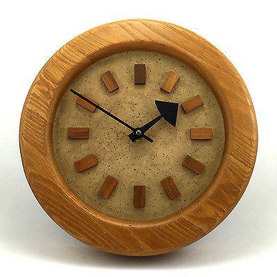 ARTHUR-UMANOFF-Howard-Miller-NATURAL-CLASSICS-Vintage-OAK-Wood-Wall-Clock