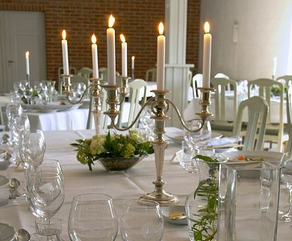 115 best cheap wedding centerpieces images on pinterest easy wedding centerpiece candelabras we have lots more easy ideas easy weddingswedding centerpieceswedding stuffcheap candelabraswedding junglespirit Choice Image