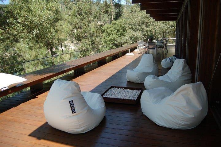 http://www.furnishyourabode.com/Club-bean-bag-p26565c64c295.html