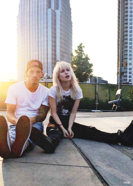 ◾️Hayley and Josh Dun from Twenty One Pilots◽️