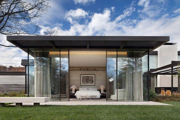 Dat is nog eens binnen verbinden met buiten... #architectuur #slaapkamer #glas