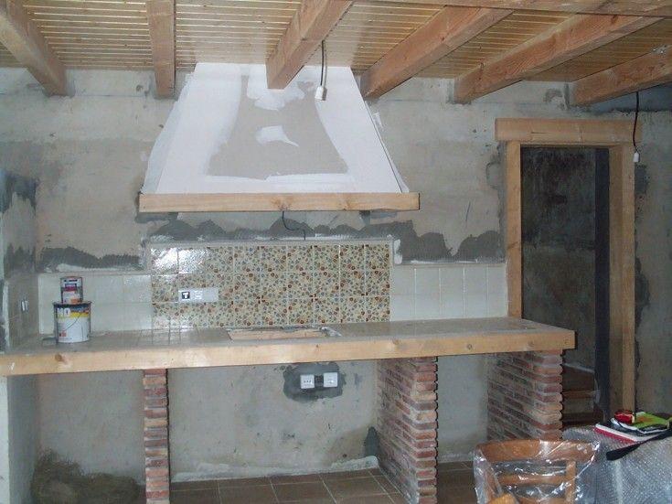 Cocinas r sticas de ladrillo buscar con google cocinas - Barbacoa de obra ...