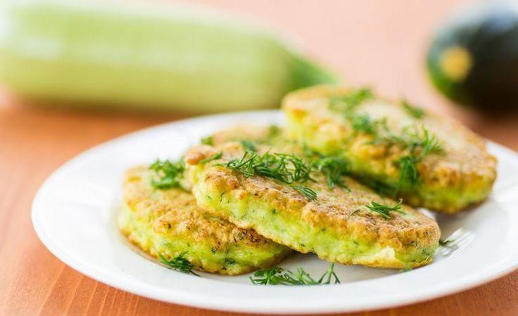 Frittatine di farina di piselli con zucchine e pomodori secchi