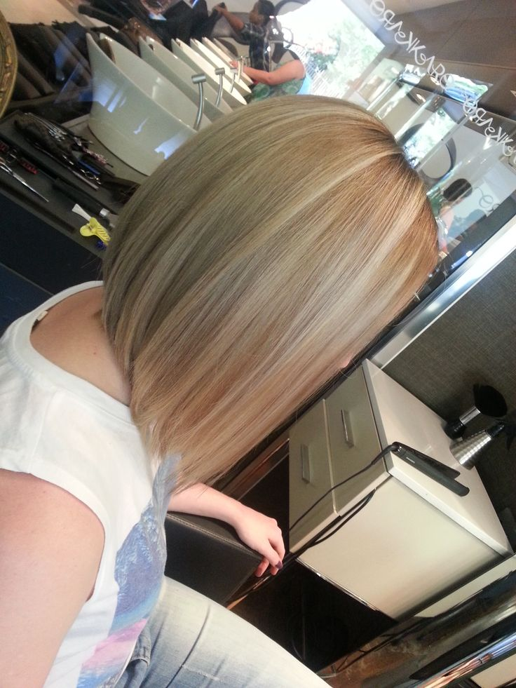 the newest in trend...a colour melt , with the new Lob, done by Rian ! we love!