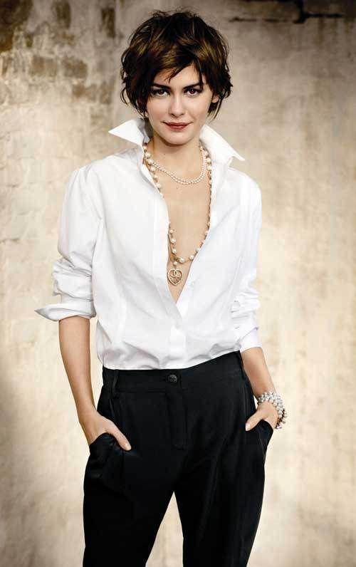 Magnificent Short Haircuts for Thick Hair Women's