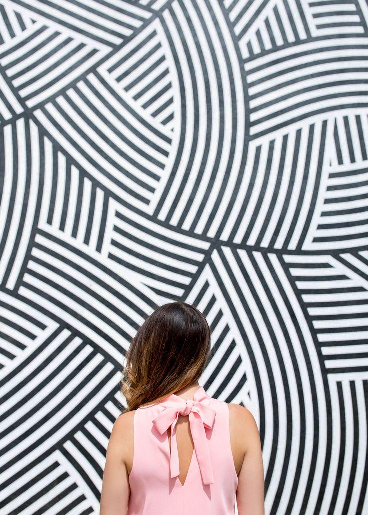 209 Broadway Street, Venice, CA  Los Angeles Venice Black White Stripe Mural