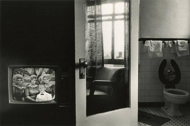 Lee Friedlander: The Little Screens, Nashville, 1963.