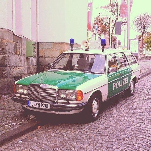 German - Mercedes-Benz Polizei 1970's