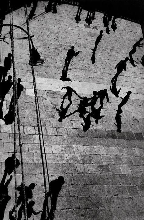 •• © Sergio Larrain ••