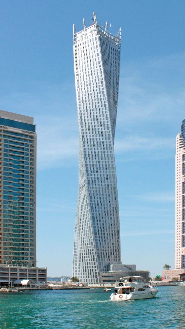 Cayan Tower Skyscraper Dubai United Arab Emirates1