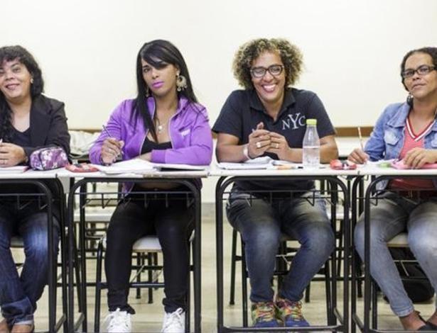 Transenem: o cursinho que está colocando trans e travestis na universidade