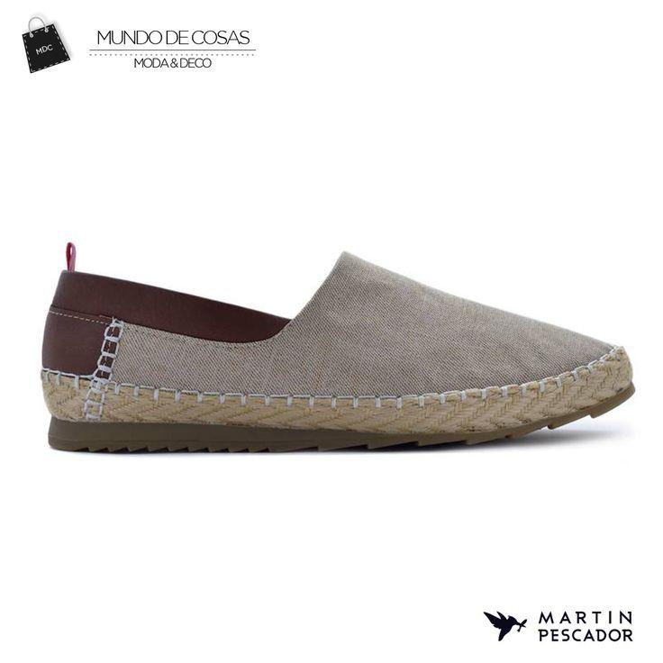 Disfruta de este espectacular calzado inspirado en el tropico colombiano, adquiere este diseño de Martín Pescador en www.mundodecosas.com #mpstyle #martinpescador #ourstory #inspiredbythetropics #handcraftedincolombia #Calzado  #sketching #designing #Shoes