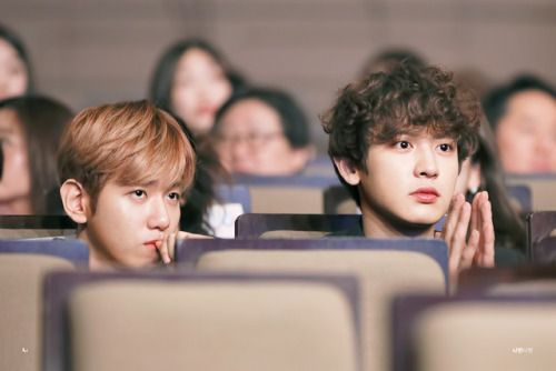 Baekhyun, Chanyeol - 170216 4th EDaily Culture Awards Credit: Ni9ht Night. (제4회 이데일리 문화대상)