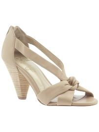 kind of in love with nude colored shoes right now
