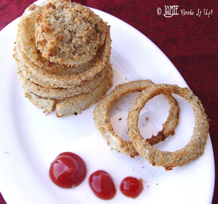 Hold on to your hats everybody, I've got a healthy recipe for you today. Oven Baked Onion Rings are the topic of discussion on this stormy spring day. These yummy Onion Rings are a fun little proje...