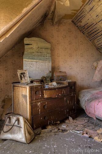 Lugares abandonados que surpreendem   O Beijo                                                                                                                                                                                 Mais