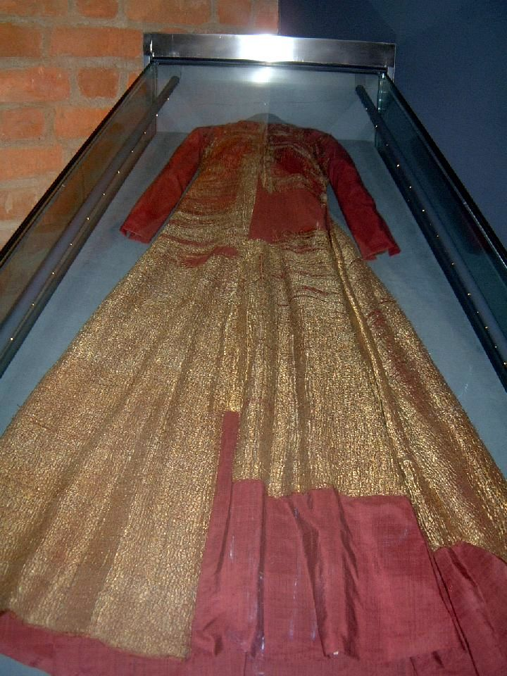 Early 15th c gold brocade dress of Margareta (1353 – 1412), Queen of Denmark, Sweden, & Norway. The world's only preserved ball gown from the Middle Ages has been at Uppsala Cathedral since the 1600s.