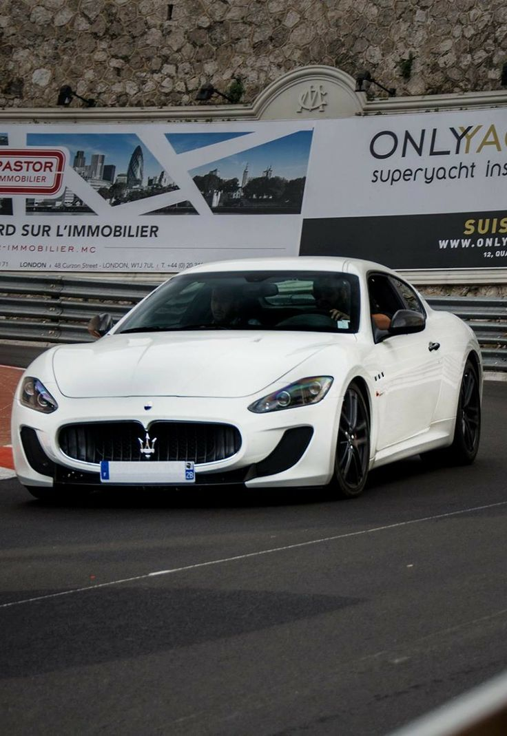 489 best images about maserati on pinterest cars maserati ghibli and wheels. Black Bedroom Furniture Sets. Home Design Ideas