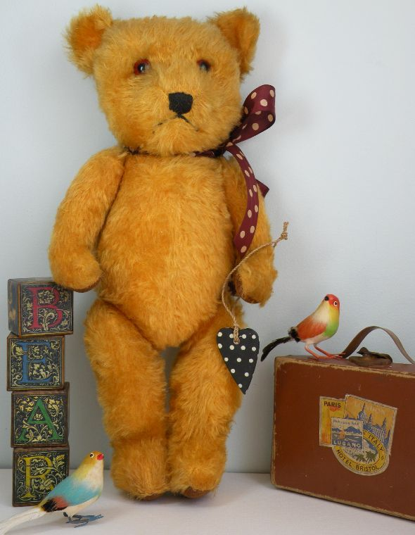 ANTIQUE & VINTAGE TEDDY BEARS 1 #01