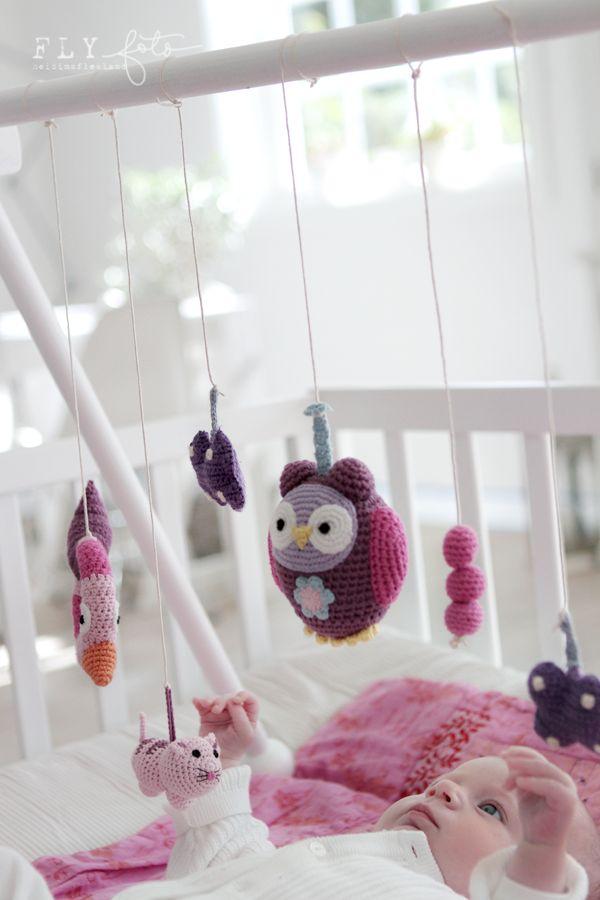 gehäklte Spielsachen fürs Gitterbett / baby crochet
