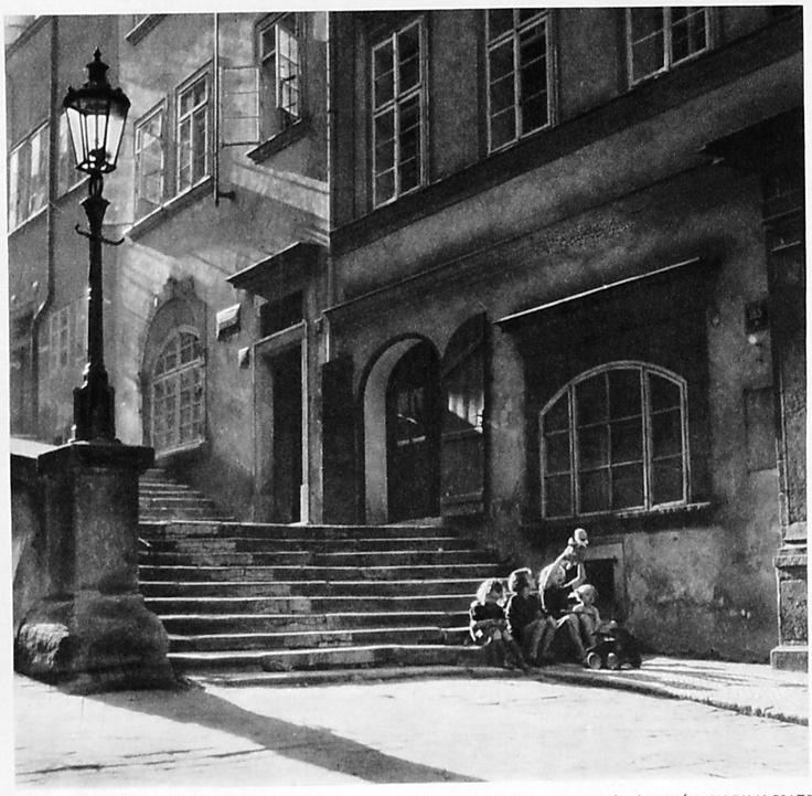 Prague 1930's, Praga es la capital de la República Checa,