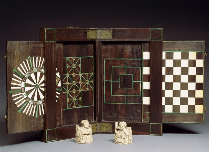 15th century, Bas Moyen Âge (Europe occidentale)  Technic/Material :  ebony (wood), ivory, tinted, walnut tree (wood)
