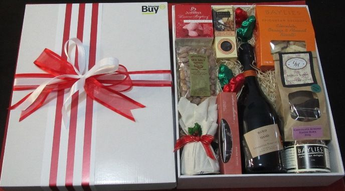 Christmas Gift Baskets Adelaide No. 211  http://giftbasketsadelaide.com.au/gift-baskets-adelaide-no.-211-Corporate-Christmas-Gifts.html