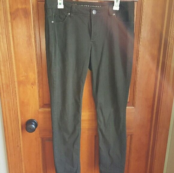 """Lauren Conrad Olive Pants Super cute and soft olive colored skinny pants. A little short on me (I'm 5'9""""). EUC. Open to offers. LC Lauren Conrad Pants Skinny"""