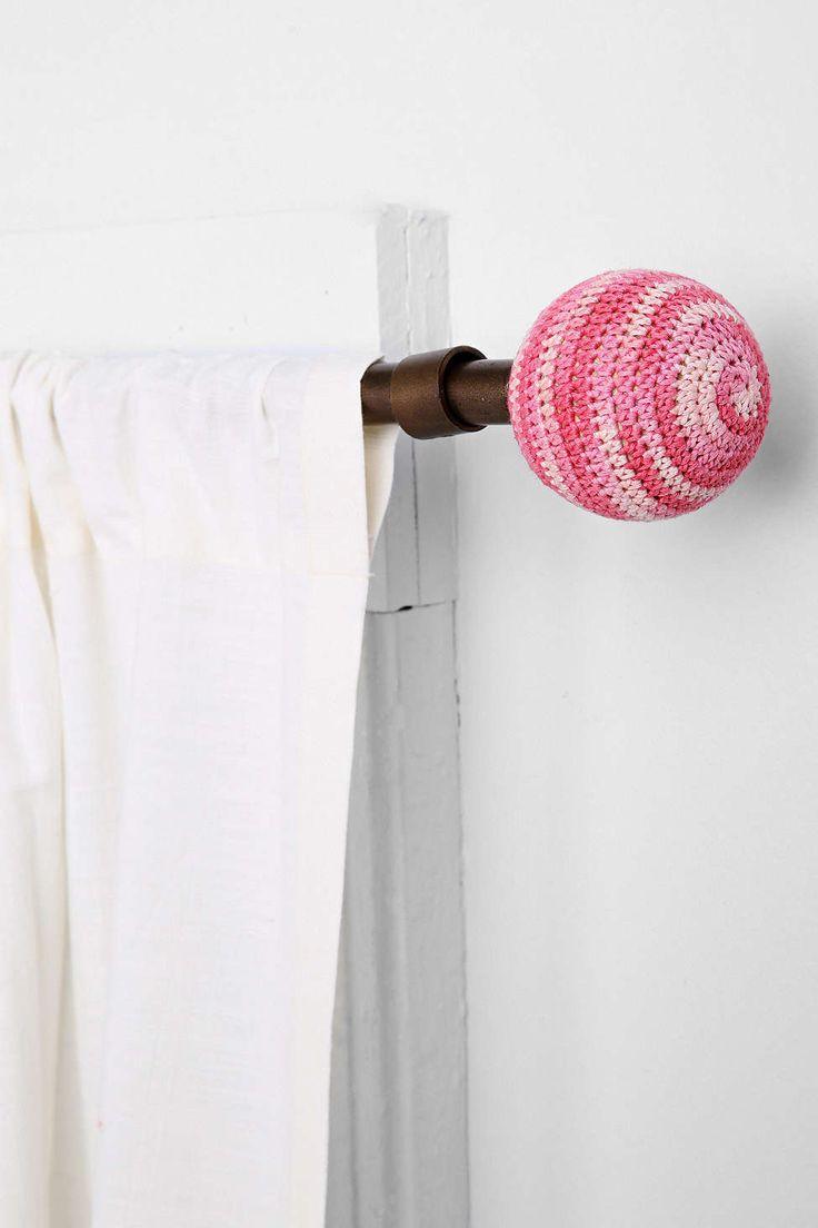 Plum & Bow Crochet Finial Set