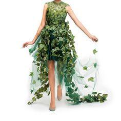 pintura de mujer con vestido de flores naturales - Buscar con Google