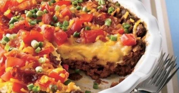 Entre la tourtière et le cheesburger, il y a cette tarte ! Découvrez les ingrédients