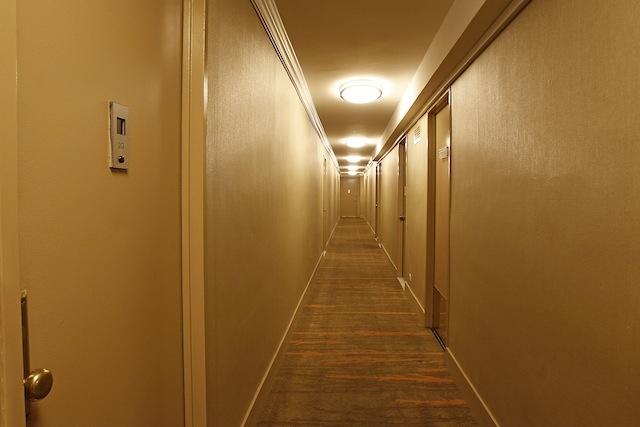 Stonehenge 65 hallway
