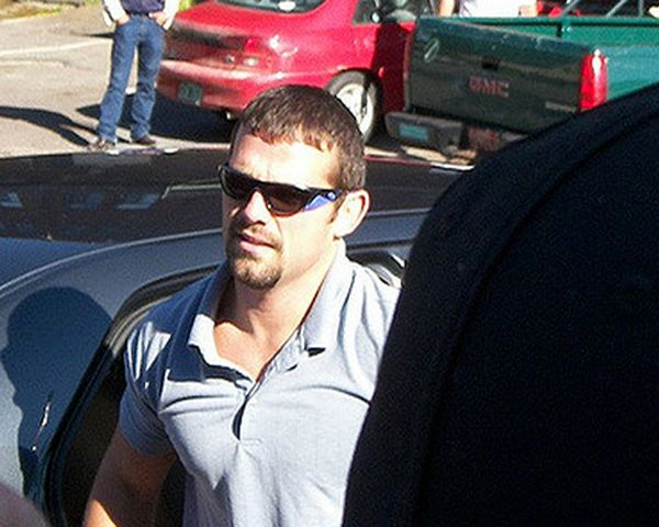 Jamie Noble Stabbed: WWE Star Attacked Oustide Trailer Home - Is He Alive? - http://www.morningledger.com/jamie-noble-stabbed-wwe/13107801/